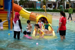 Zoo water Park with Group A (ECC)-5408