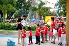 Zoo water Park with Group A (ECC)-5413