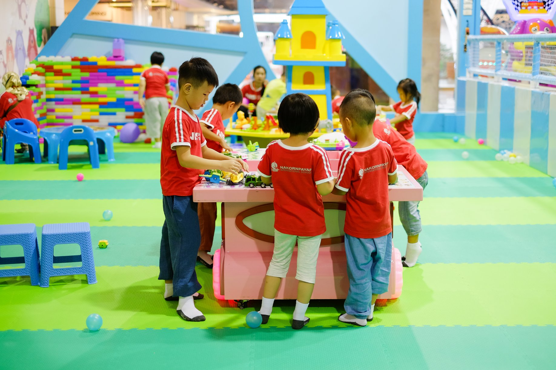 NIS-Summer-School-2019-Day-Kiddy-Land-55