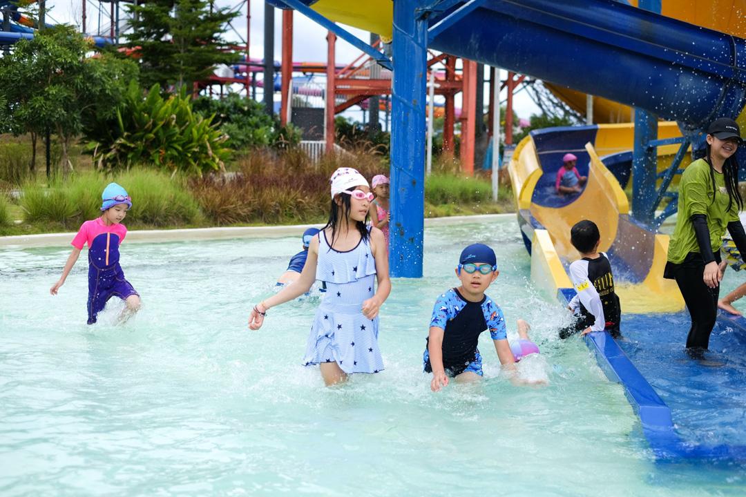 NIS-Summer-School-2019-Day-25-Tube-Trek-22
