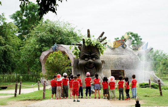 NIS-Summer-School-2019-The-Hidden-Village-7